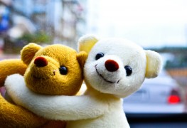 4 ways to clean your kids' plush toys