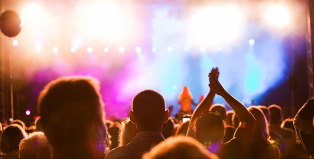 4 tips to enjoy festivals without breaking the bank