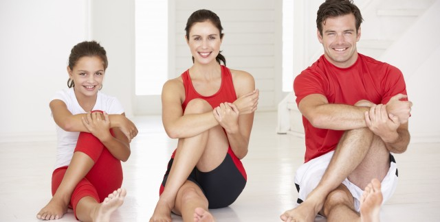 4 reasons to practice yoga with your child