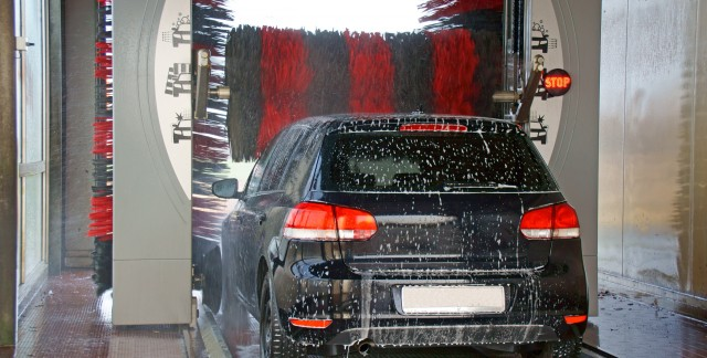 4 reasons to stop at a car wash
