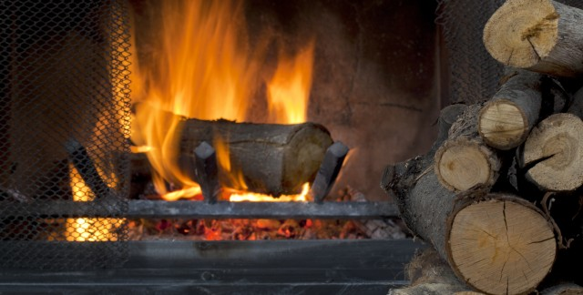 Fires and your fireplace: 10 helpful tips