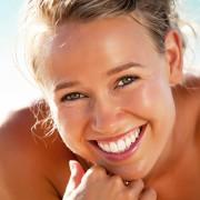 Fresh breath and white teeth: a natural approach