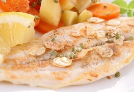 11 minute super food meal: Trout with almonds and peppers
