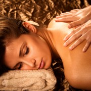 2 essential oils for massage that you can make yourself