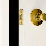 8 ways to fix a door that won't close