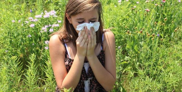 Controlling sinusitis through diet
