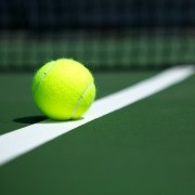 4 high-tech gadgets to improve your tennis game