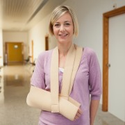 How to make a quick sling for an injured person