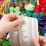 Everyday expenses: save on banking and groceries