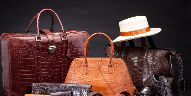 7 tips to keep hats and purses looking great