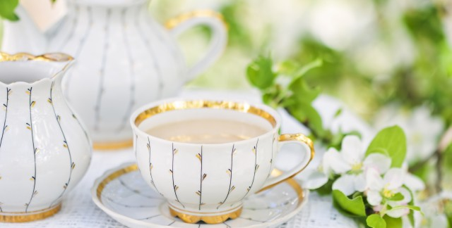 4 herbal teas to help keep a cold at bay