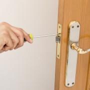 3 easy door repairs