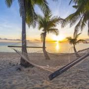 Build a net mesh hammock in 12 easy steps