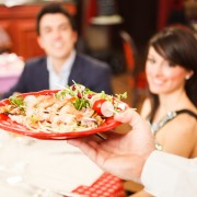 How to stick to your diet when dining out