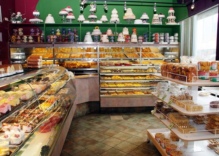 Hong Kong Bakery Edmonton Cakes