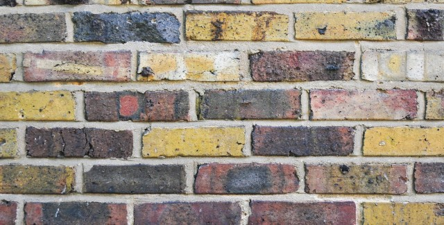 2 helpful guides for repairing bricks and mortar