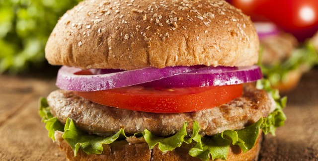 Spicy Indian-style turkey burgers