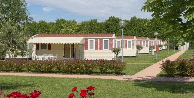 3 things to consider when roofing a mobile home