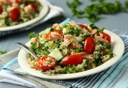 How to make salmon and broccoli risotto