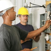The steps to becoming a part-time electrician