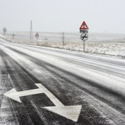 Important advice for driving in snow and ice