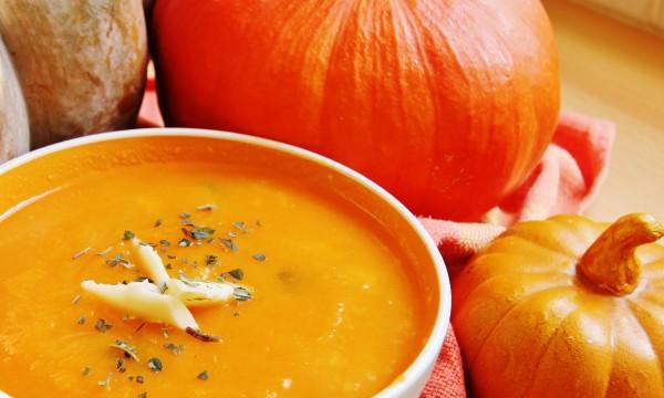 2 savoury soups: carrot and pumpkin