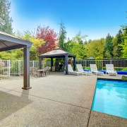 Tips for planning your outdoor space: pool, fence and barbecue