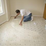 Installing and repairing vinyl flooring: key tips