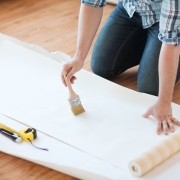 Professional tips for hanging wallpaper