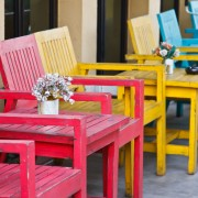Fun ideas for environmentally friendly recycled pallet patio furniture