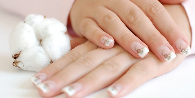 3 easy ways to make fingertips fab with fingernail jewellery