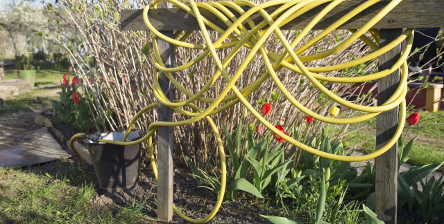 How to easily coil a hose