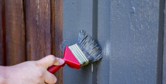 5 expert tips for tackling exterior house painting