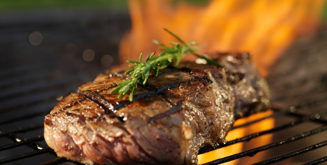 Grilled steak with portobello mushrooms