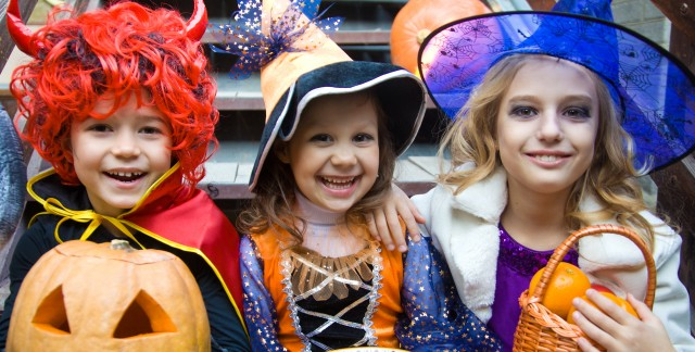 4 tips for hosting a fun kids' Halloween party