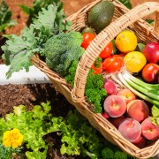 3 questions to ask when buying organic produce