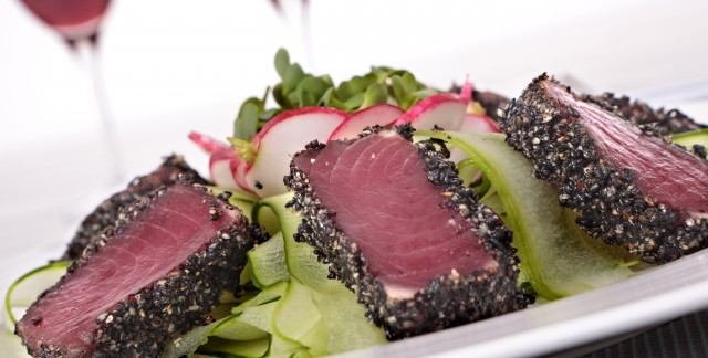Super foods recipe: Seared tuna steaks in a warm herb dressing