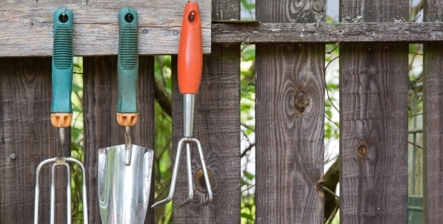 Easy Fixes for a Garden Spade