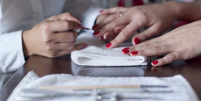 5 tips for finding a clean and safe nail salon