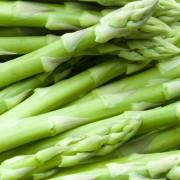 Simple side dish recipes: asparagus with confetti vinaigrette