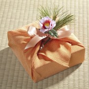 Using fabric as gift wrap