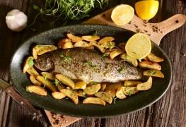 A smart recipe for roast trout & potatoes