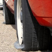 How to replace a flat tire in 8 easy steps