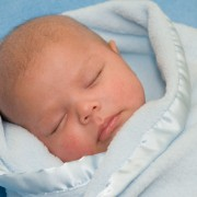 Baby swaddling tips to help them sleep better