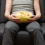 4 tricks to lower-calorie snacking