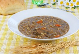 Recipe to beat high blood pressure: beefy mushroom barley soup