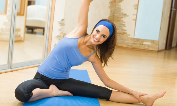 Фитнес для девушек в домашних условиях видео