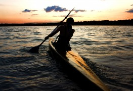 How to stay safe on a kayaking trip