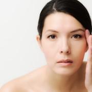 how to get rid of baggy eyes men