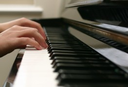5 things to consider before signing your child up for music lessons